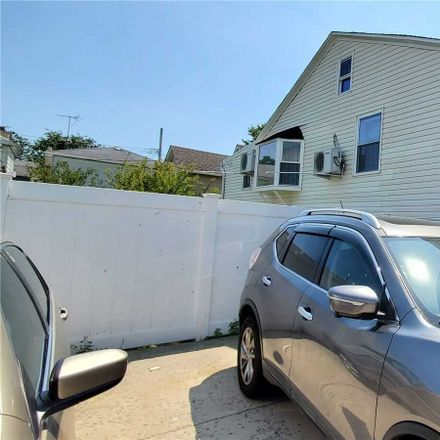 Rent this 2 bed house on 164th Avenue in New York, NY 11414