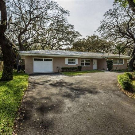 Rent this 3 bed house on 307 Crestwood Ln in Largo, FL