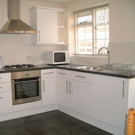 Rent this 3 bed house on Larksfield in Runnymede TW20 0RA, United Kingdom