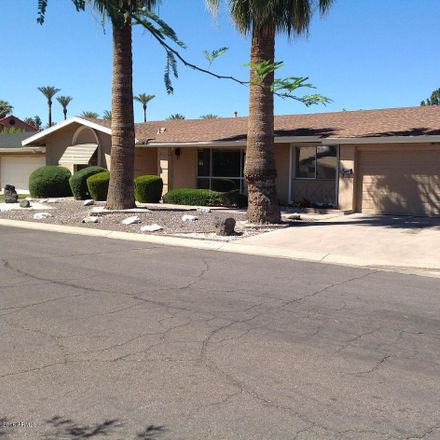 Rent this 3 bed house on 4652 East Earll Drive in Phoenix, AZ 85018