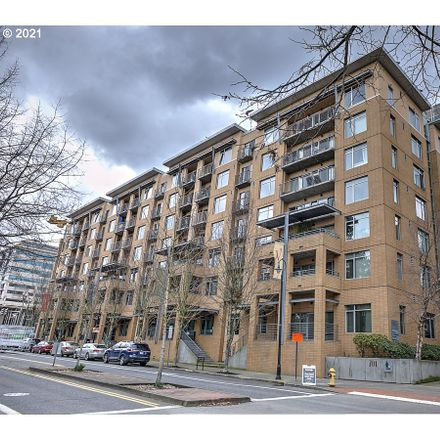 Rent this 2 bed condo on Columbia St in Vancouver, WA