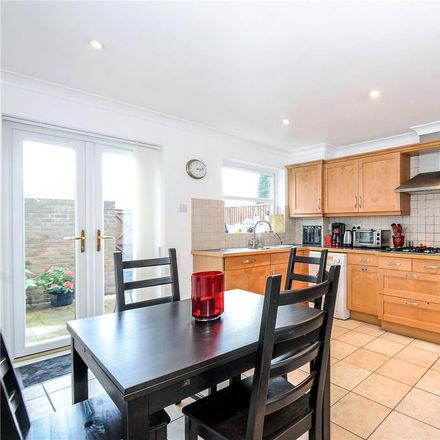 Rent this 4 bed house on The Long Walk in Shaw Farm SL4 2HH, United Kingdom