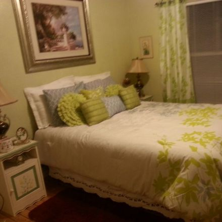 Rent this 2 bed apartment on Southchase in FL, US