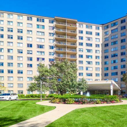 Rent this 2 bed condo on 6933 North Kedzie Avenue in Lincolnwood, IL 60645
