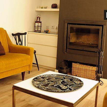 Rent this 3 bed apartment on Ponto das Artes in Avenida do Ultramar 215, 2750-357 Cascais e Estoril