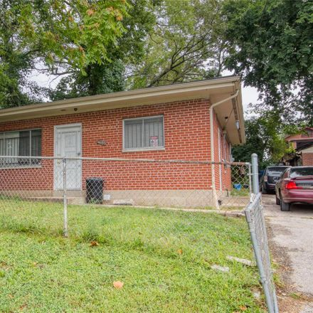 Rent this 2 bed house on 4685 Rosalie Street in St. Louis, MO 63115