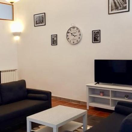 Rent this 3 bed apartment on Marseille in Le Chapitre, PROVENCE-ALPES-CÔTE D'AZUR
