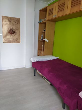 Rent this 0 bed room on Ferrocarril Kalea in 01006 Gasteiz, Araba