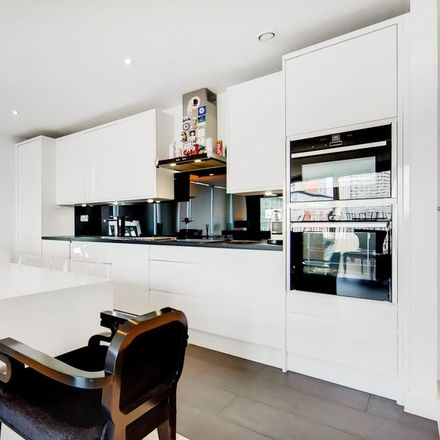Rent this 3 bed apartment on Balearic Apartments in 15 Western Gateway, London E16 1BJ