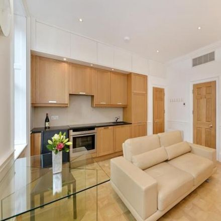 Rent this 1 bed apartment on Haselbury House in 81 George Street, London W1U 8AQ