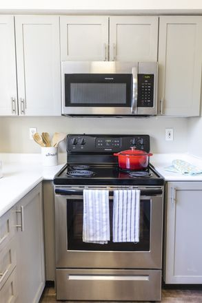Rent this 1 bed apartment on Universal Life Church in Hollow Dale Place, Everett