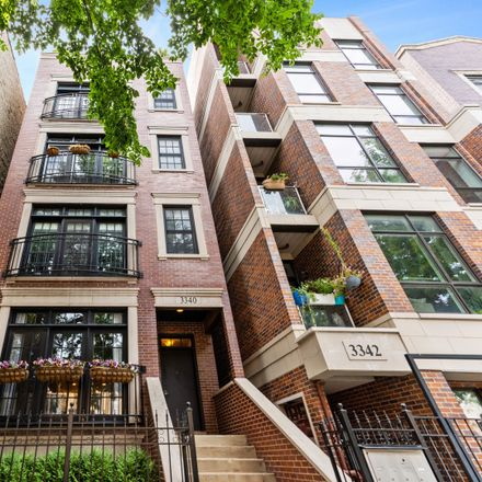 Rent this 3 bed condo on 3340 North Sheffield Avenue in Chicago, IL 60657