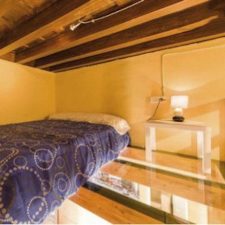 Rent this 1 bed apartment on Calle Pilar Seco in 18010 Granada, Spain