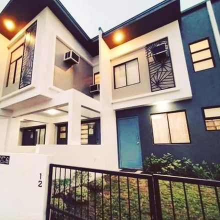 Rent this 2 bed townhouse on Bagbaguin in 3014 Bulacan, Philippines