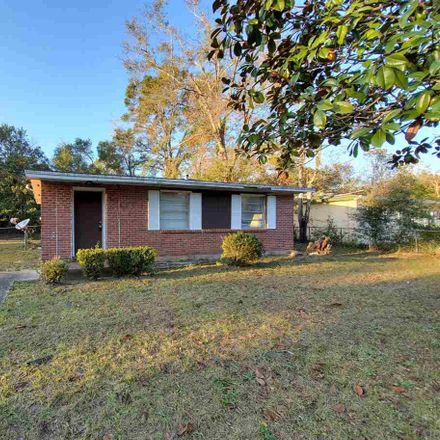 Rent this 2 bed house on 706 Lambert St in Pensacola, FL
