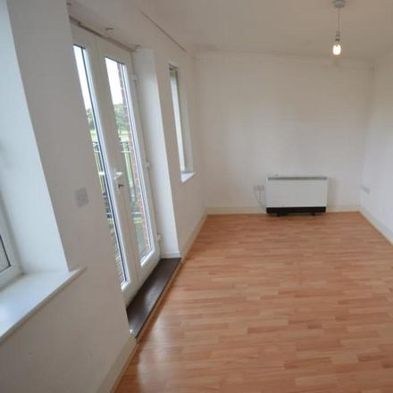 Rent this 3 bed apartment on London Road in London RM7 9AE, United Kingdom