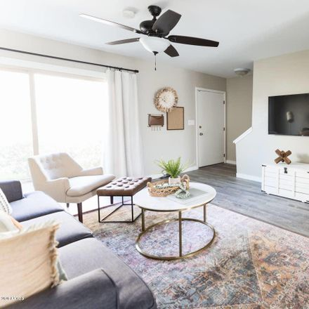 Rent this 2 bed apartment on Scottsdale Fashion Square in 4600 North 68th Street, Scottsdale