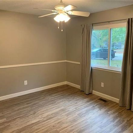 Rent this 3 bed house on 15429 Country Ridge Drive in Clarkson Valley, MO 63017