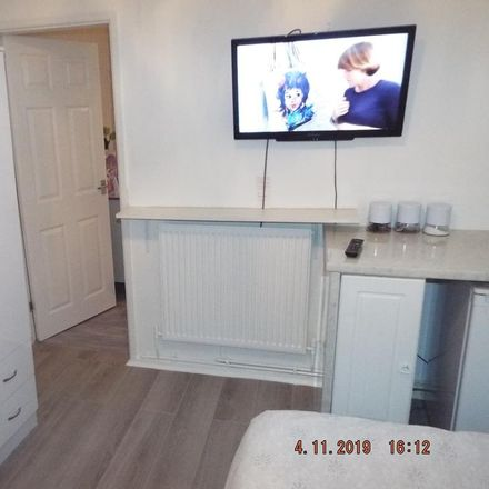 Rent this 1 bed room on Chelmsford Drive in Doncaster DN2 4JH, United Kingdom