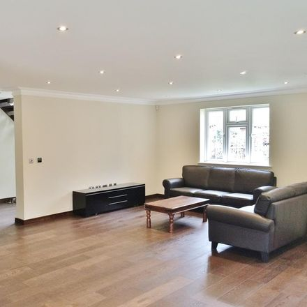 Rent this 4 bed house on Westfields Road in London W3 0AR, United Kingdom