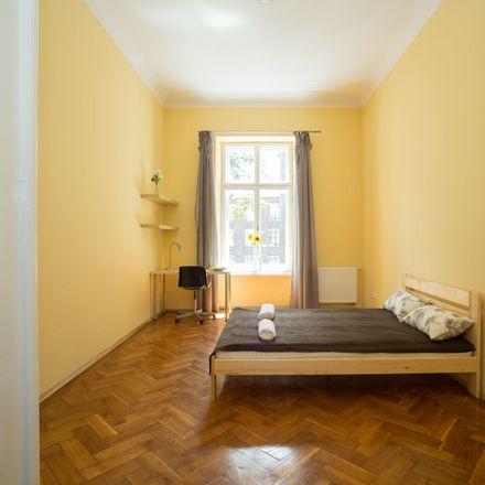 Rent this 3 bed apartment on Marszałka Józefa Piłsudskiego 6 in 31-109 Krakow, Poland