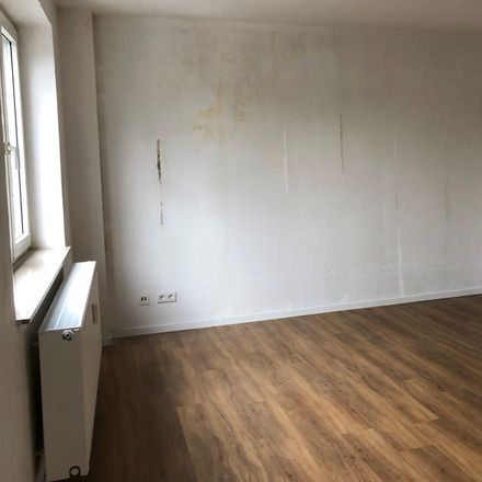 Rent this 2 bed apartment on Krayer Straße 198 in 45307 Essen, Germany
