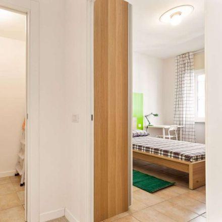 Rent this 3 bed room on Via Pantigliate