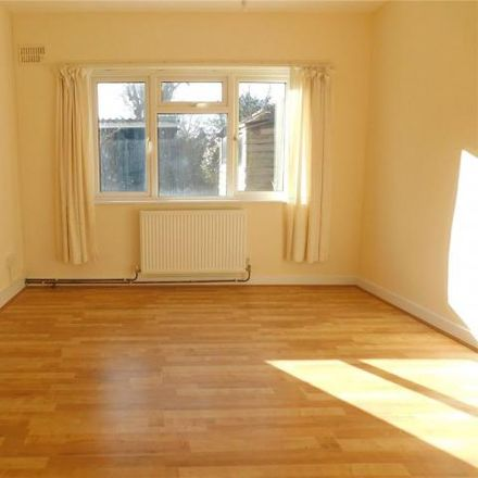 Rent this 2 bed house on Methodist church in Hawes Lane, London