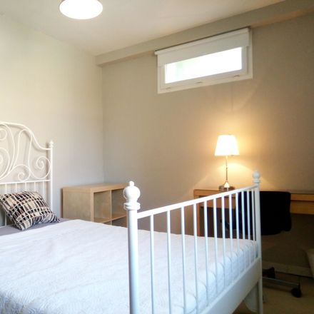 Rent this 3 bed room on 1 Rue des Pervenches in 34060 Montpellier, France