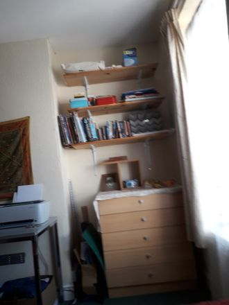 Rent this 3 bed room on Glynne St in Cardiff, UK