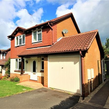Rent this 3 bed house on Robin Close in East Staffordshire ST14 8TP, United Kingdom