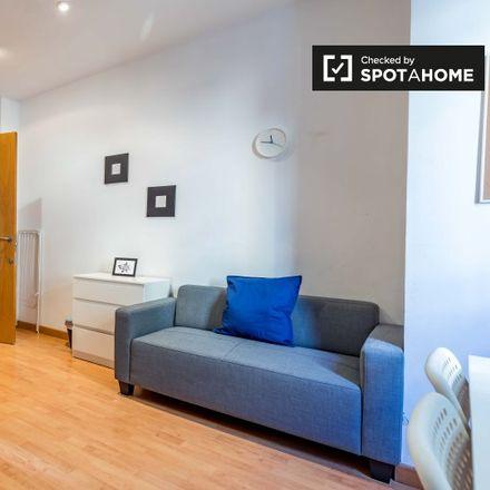 Rent this 5 bed apartment on Avinguda del Port in 95, 46023 Valencia
