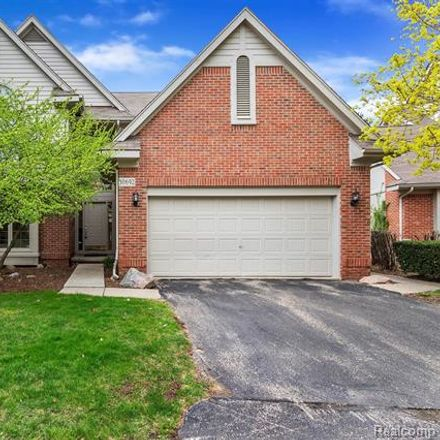 Rent this 3 bed condo on 30692 Tanglewood Trail in Farmington Hills, MI 48331