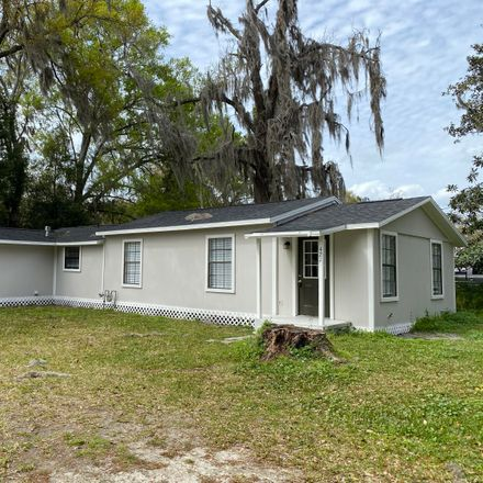 Rent this 3 bed house on 421 North Polk Street in Starke, FL 32091