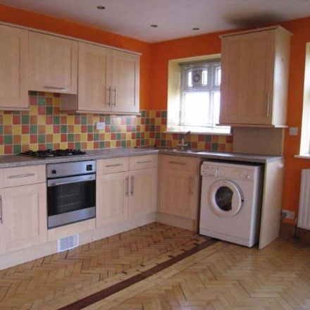 Rent this 1 bed apartment on Jay's Convenience Store in 18A Musters Road, Nottinghamshire NG2 7PL