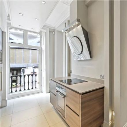 Rent this 3 bed apartment on William Street in 8, London SW1X 9HH