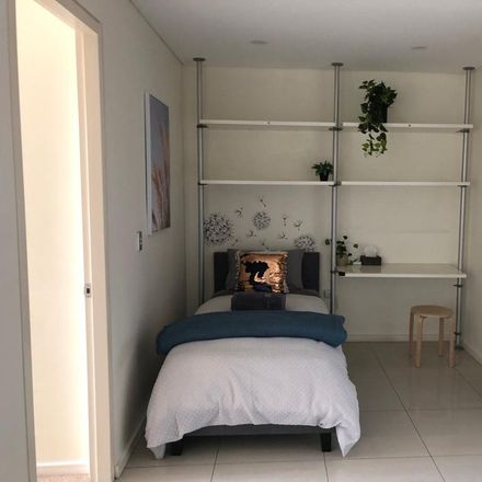 Rent this 1 bed apartment on Room 2/39 Cooper Street