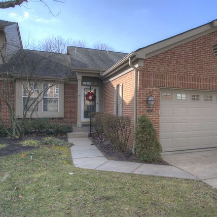 Rent this 3 bed townhouse on 2165 Tantallon Drive in Fort Mitchell, KY 41017
