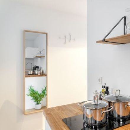 Rent this 1 bed apartment on Jahnallee 21 in 04109 Leipzig, Germany