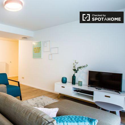 Rent this 2 bed apartment on Rue de Bruyn - de Bruynstraat 8 in 1210 Saint-Josse-ten-Noode - Sint-Joost-ten-Node, Belgium