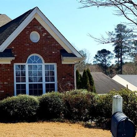 Rent this 3 bed house on Crestwood Ln in Stone Mountain, GA