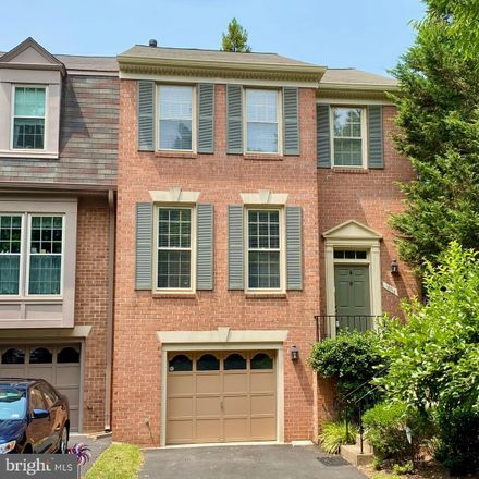Rent this 3 bed townhouse on 12313 Donaldson Court in Pender, Chantilly