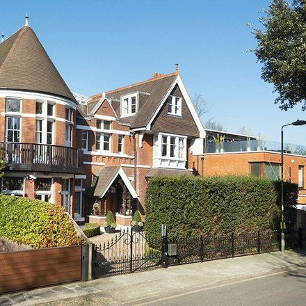 Rent this 6 bed house on Magnolia House in Elm Walk, London NW3 7UP