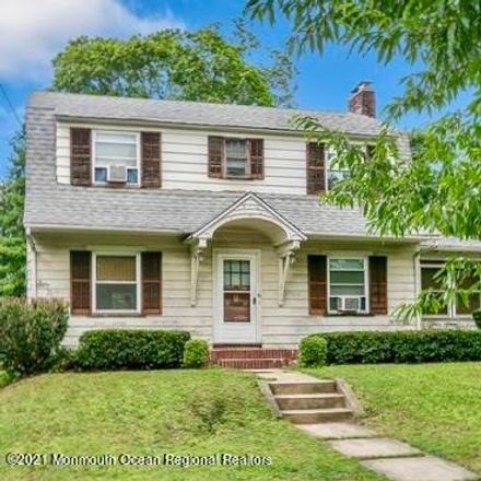 Rent this 3 bed house on 40 East Bergen Place in Red Bank, NJ 07701