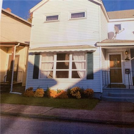 Rent this 3 bed house on 15 Rumsey Street in Port Jervis, NY 12771