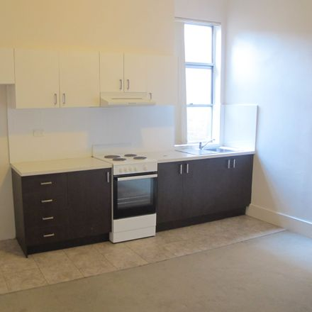 Rent this 2 bed apartment on 2/37 St Pauls Street