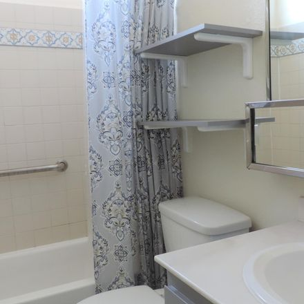 Rent this 2 bed condo on Plaza Vis in Sierra Vista, AZ