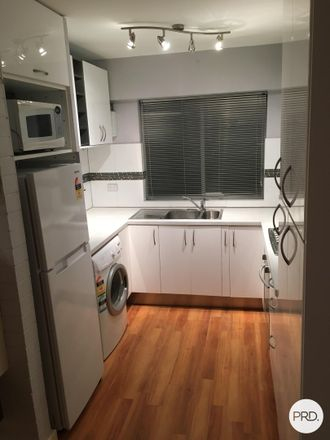 Rent this 1 bed room on 4/15 King George Street