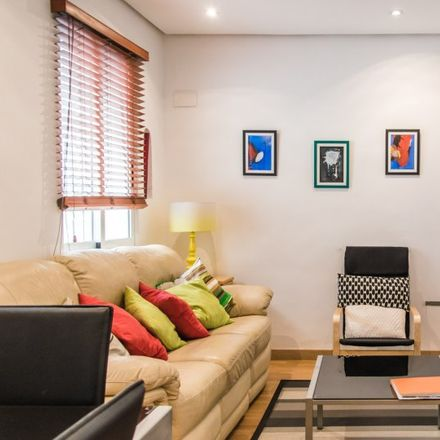 Rent this 3 bed apartment on Ocaso Seguros in Carrer del Pintor Sorolla, Valencia