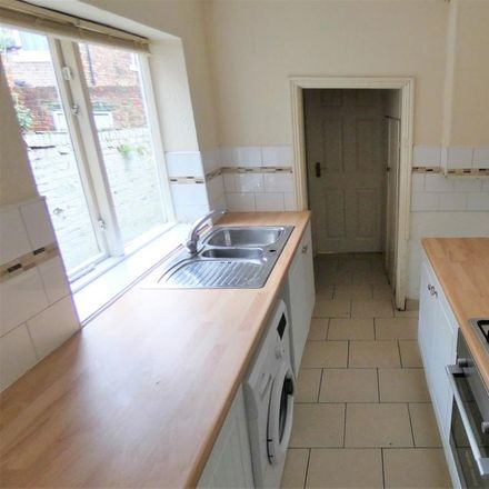 Rent this 3 bed house on Victoria Road in Thornaby TS17 6HH, United Kingdom